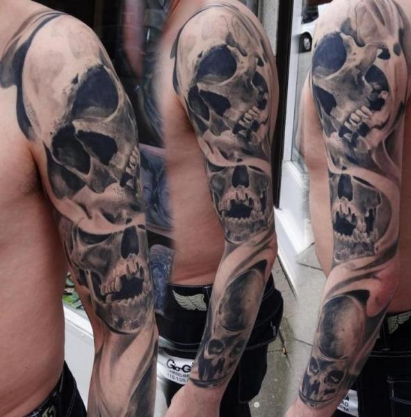 Tatuaggio Teschio Manica di Piranha Tattoo Supplies