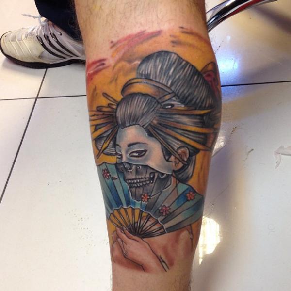 Calf Skull Geisha Tattoo by Fatih Odabaş