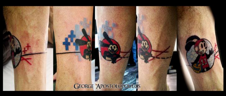 Fantasie Bein Charakter Tattoo von Crossover