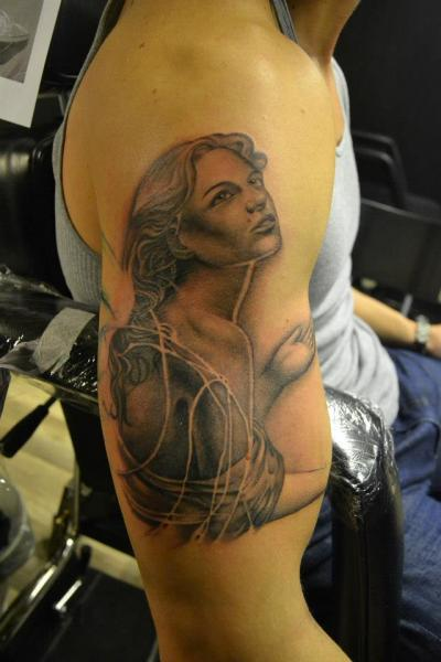 Shoulder Realistic Women Tattoo by Crazy Needle