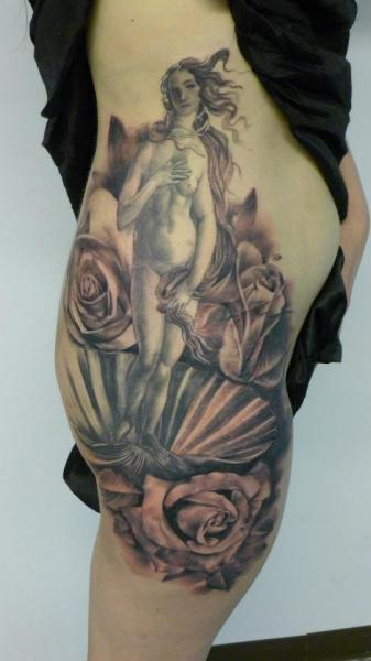 Flower Side Shell Tattoo by Putka Tattoos