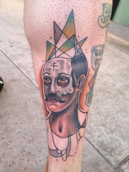 Fantasie Oberschenkel Tattoo von Earth Gasper Tattoo