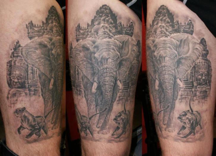Shoulder Realistic Elephant Tattoo by Eddy Tattoo