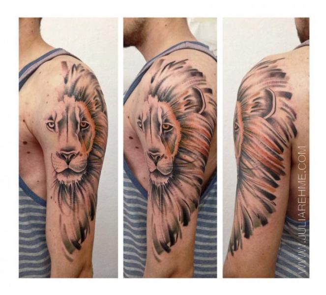 Shoulder Lion Tattoo by Julia Rehme