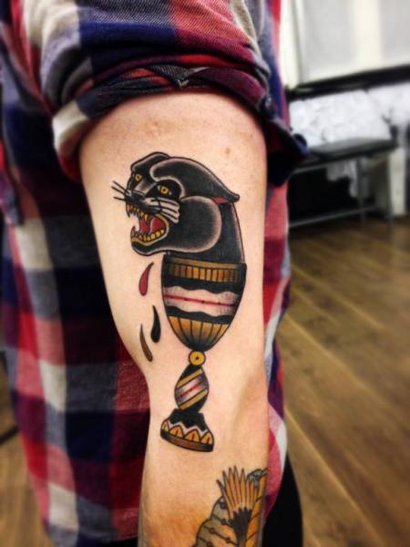 Tatuaggio Braccio Old School Pantera di Matt Cooley