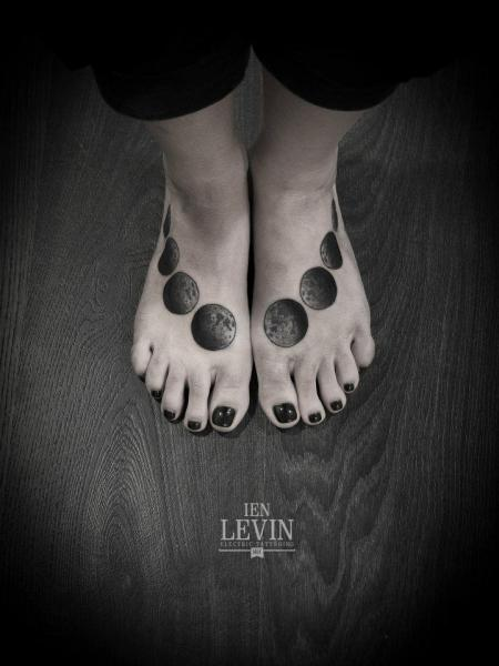 Foot Dotwork Moon Tattoo by Ien Levin