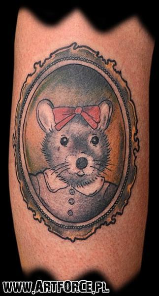 Tatuaggio Braccio Fantasy Specchio Topo di Art Force Tattoo