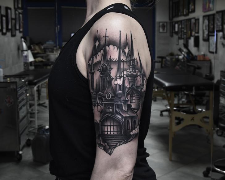 Schulter Arm Kirche Tattoo von Art Force Tattoo