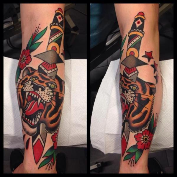 Arm Old School Tiger Dagger Tattoo by Filip Henningsson