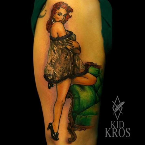 Tatuaggio Spalla Donne di Kid Kros
