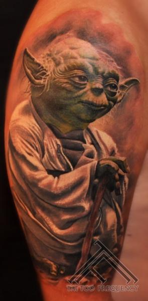 Shoulder Fantasy Yoda Tattoo by Tattoo Frequency