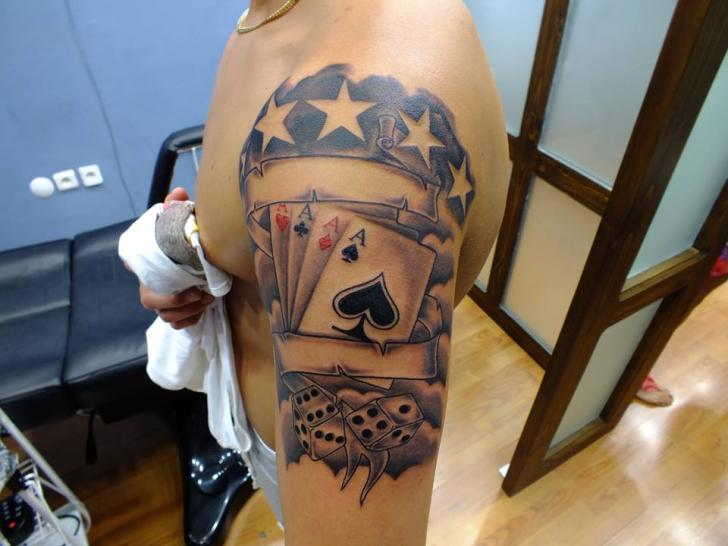 Shoulder Ace Spades Card Tattoo by Yusuf Artik Tattoo Studio
