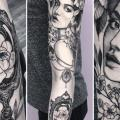 tatouage Miroir Sleeve femme par Black Star Studio