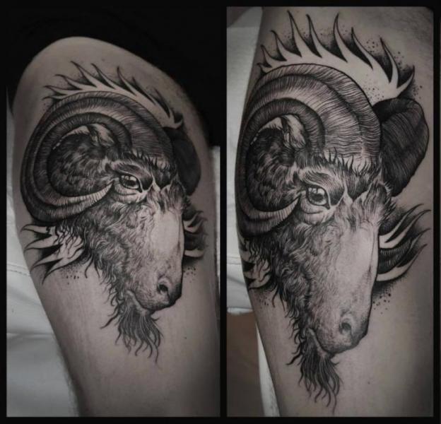Tatuaż Koza Udo Przez Rock N Roll