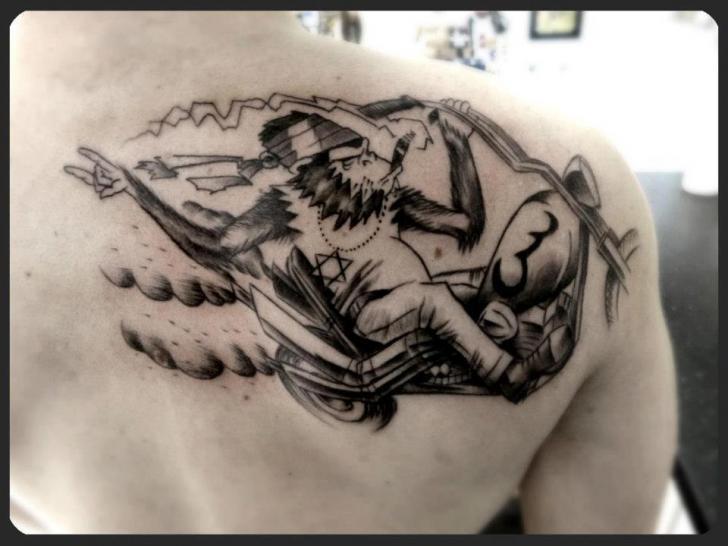 Shoulder Fantasy Monkey Tattoo by Tattoo B52