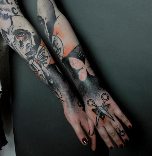 Arm Abstrakt Tattoo von Mark Halbstark
