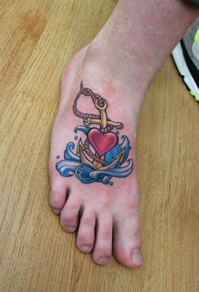 Old School Fuß Anker Tattoo von Endorfine Studio