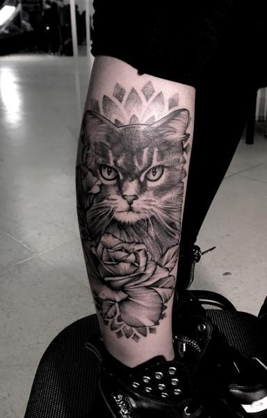 Leg Cat Dotwork Tattoo by Endorfine Studio