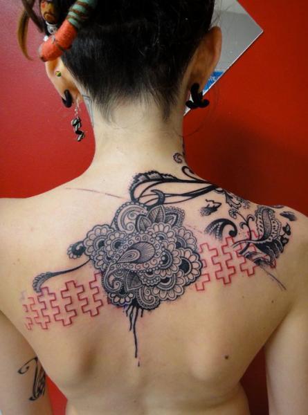 Rücken Abstrakt Tattoo von Xoïl