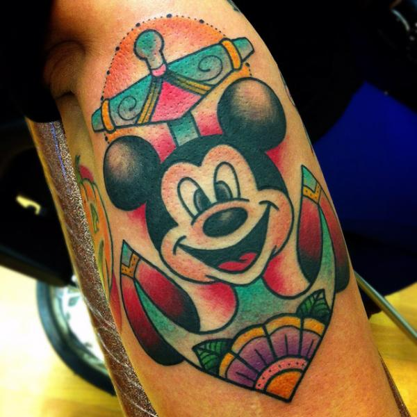 New School Mickey Mouse Anker Tattoo von Alex Strangler
