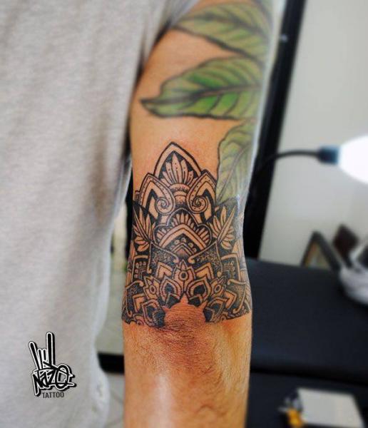 Arm Tribal Tattoo by Nazo