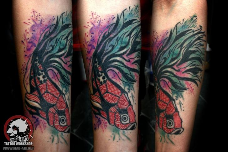 Tatuaje Brazo Fantasy Pescado por Mad-art Tattoo