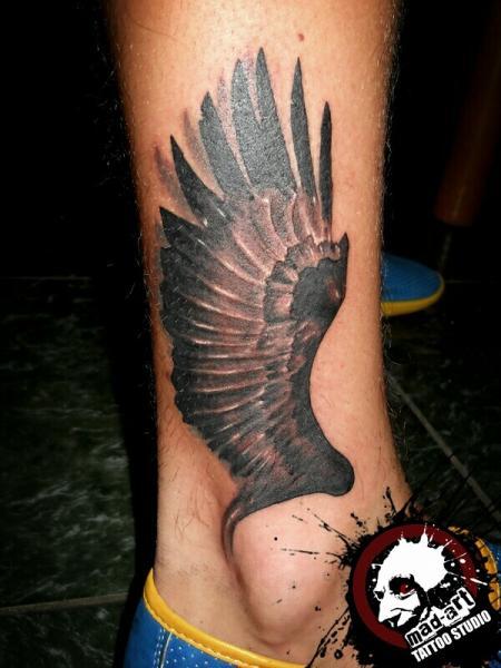 Leg Wings Tattoo by Mad-art Tattoo