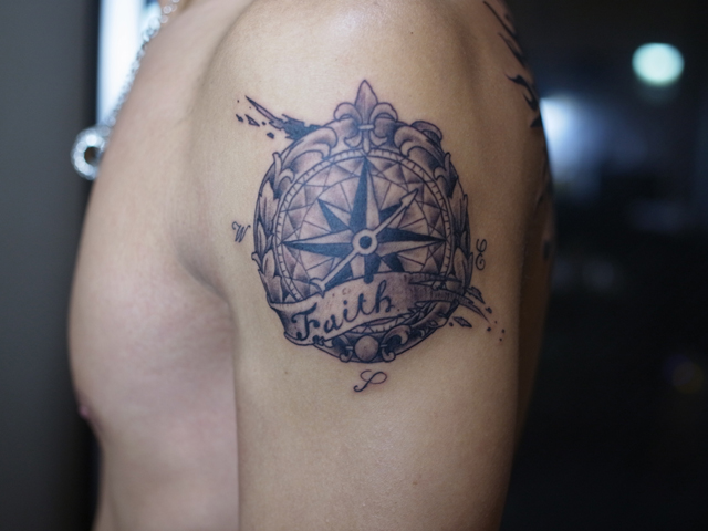 Shoulder Compass Tattoo by Daichi Tattoos & Artworks