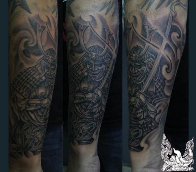 Arm Japanische Samurai Tattoo von Forevertattoo Studio