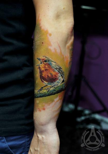 Arm Realistische Vogel Tattoo von Led Coult