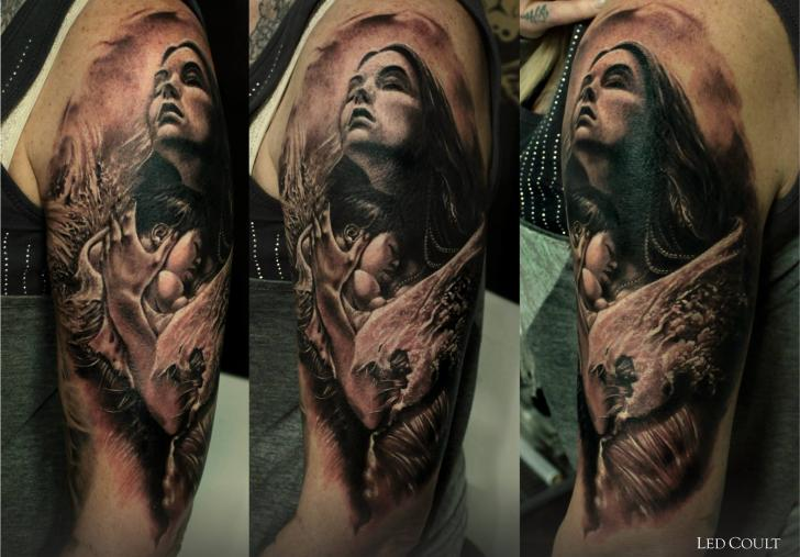 Shoulder Arm Realistic Tattoo by Led Coult