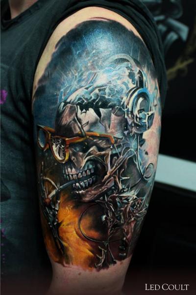 Shoulder Fantasy Skull Tattoo by Led Coult