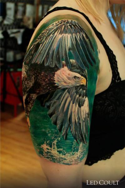Tatuaggio Spalla Realistici Aquila di Led Coult