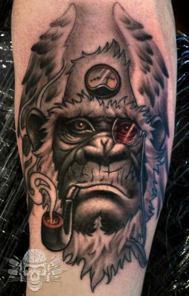 Arm Fantasie Flügel Affe Tattoo von Tattooed Theory
