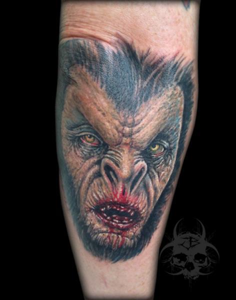 Arm Fantasie Monster Tattoo von Jeremiah Barba