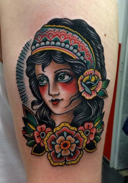 Arm Old School Kopf Tattoo von Paul Anthony Dobleman