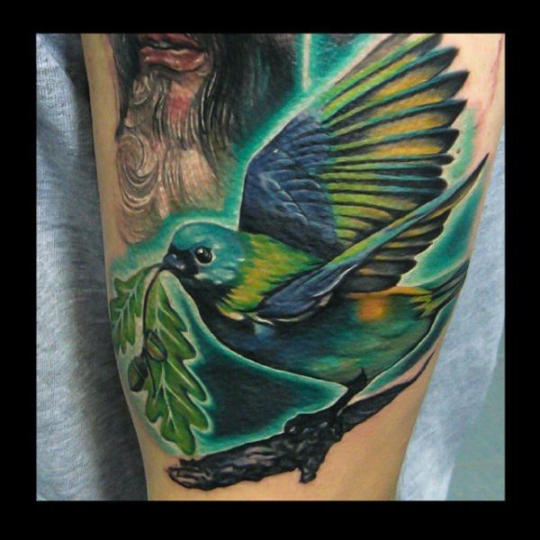 Arm Realistische Vogel Tattoo von Rock Tattoo