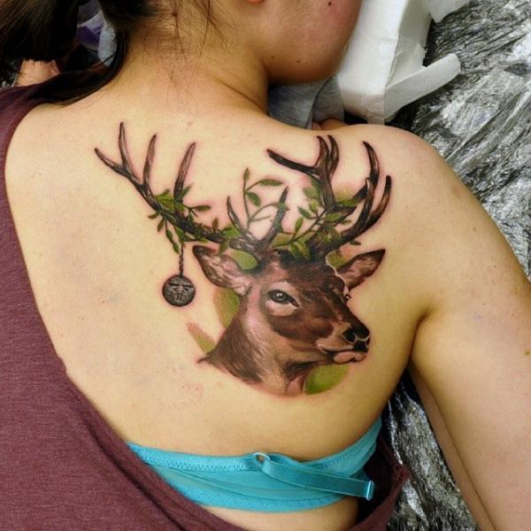 Rücken Reh Tattoo von Rock Tattoo