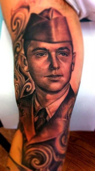 Arm Porträt Realistische Tattoo von Secret Sidewalk