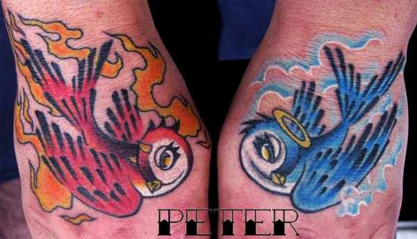 Old School Schwalben Hand Tattoo von Blancolo Tattoo