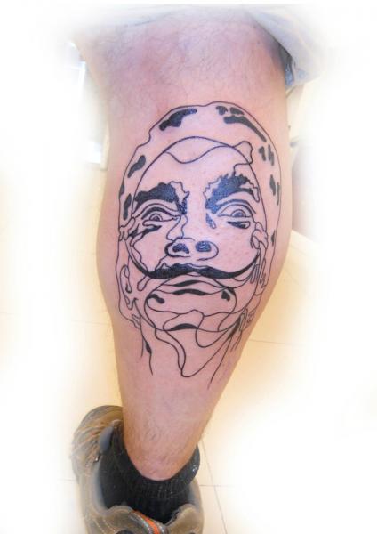 Porträt Waden Tattoo von Dr Mortiis Tattoo Clinic