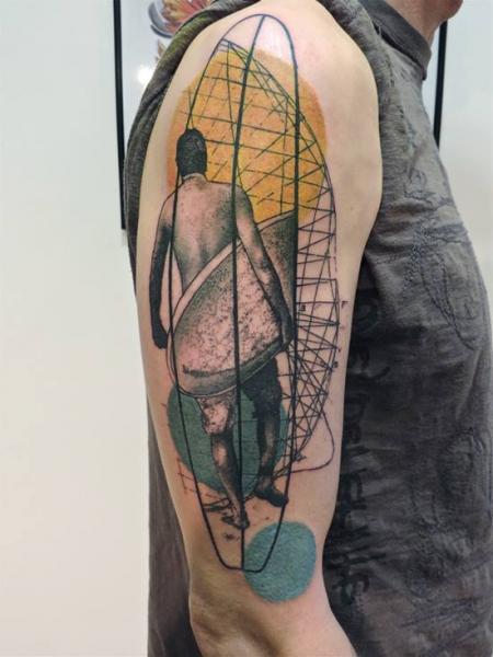 Tatuaggio Spalla Braccio Surf di Toko Lören Tattoo