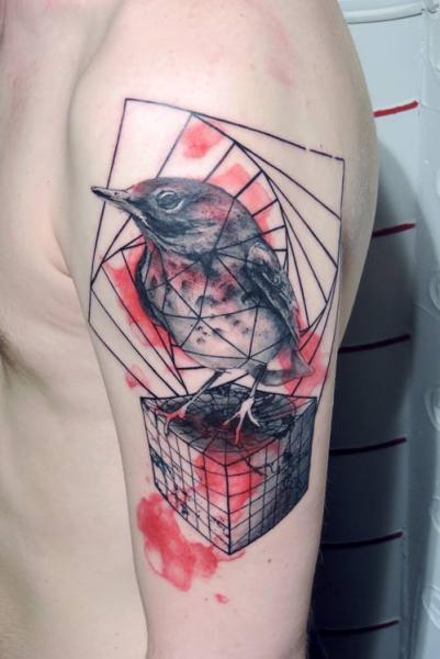 Shoulder Bird Tattoo by Toko Lören Tattoo
