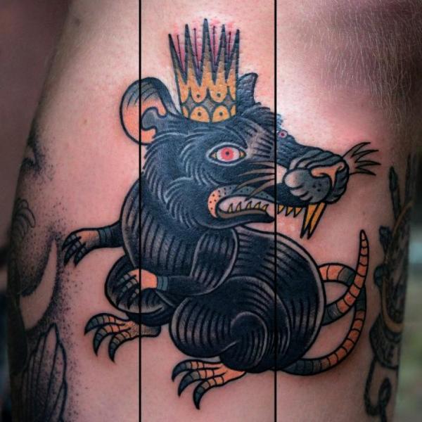 tatouage old school couronne souris par philip yarnell