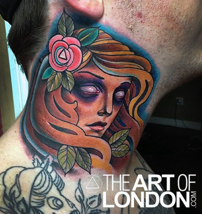 Frauen Nacken Tattoo von The Art of London