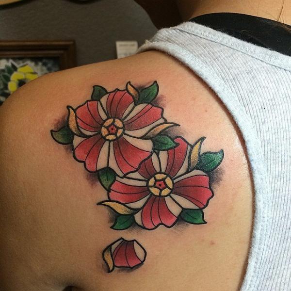 Shoulder Flower Tattoo by Last Angels Tattoo