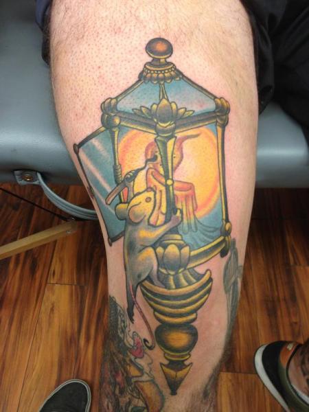 Lampe Maus Oberschenkel Tattoo von Anthony Ortega