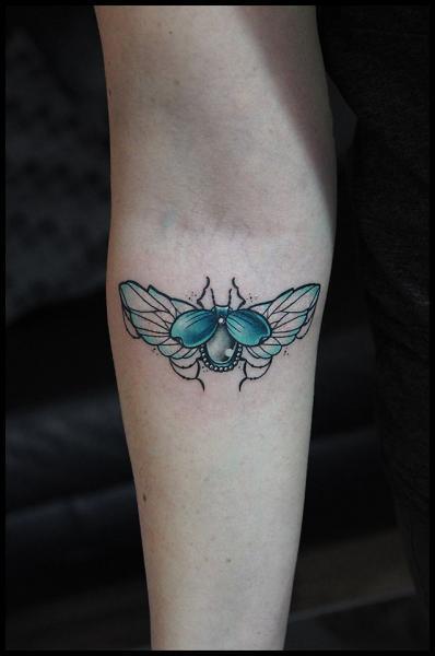 Arm Scrabble Tattoo von White Rabbit Tattoo