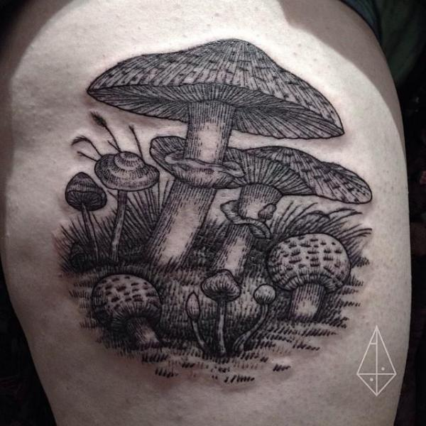 Arm Pilz Dotwork Tattoo von Hidden Moon Tattoo