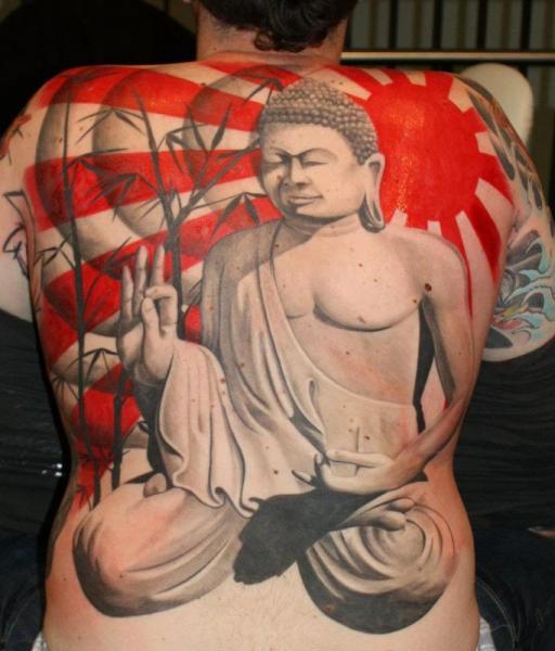 Tatuaje Japoneses Buda Sol por Herzstich Tattoo